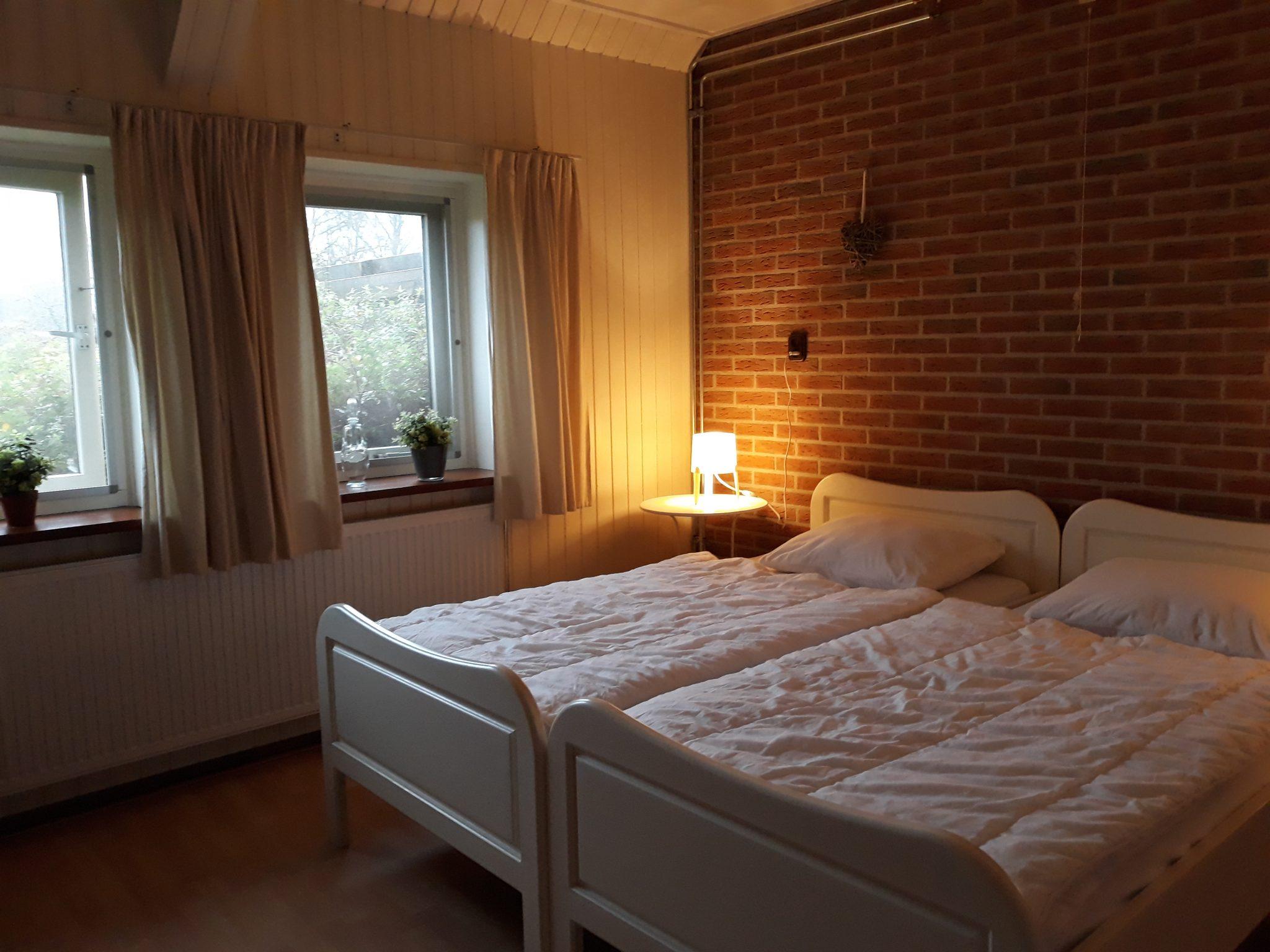 slaapkamer beg. grond (2)